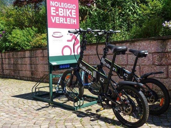 Eremita-Einsiedler: Hotel E-Bike-Verleih