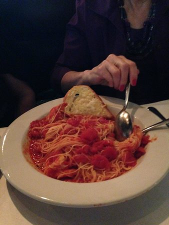 Cafe Roma: Generous pasta dish