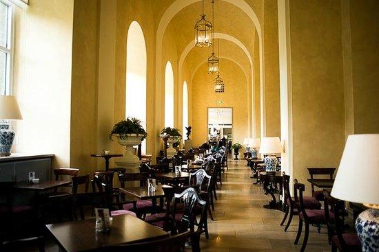 The Victorian House Café Klenze in der Alten Pinakothek ...
