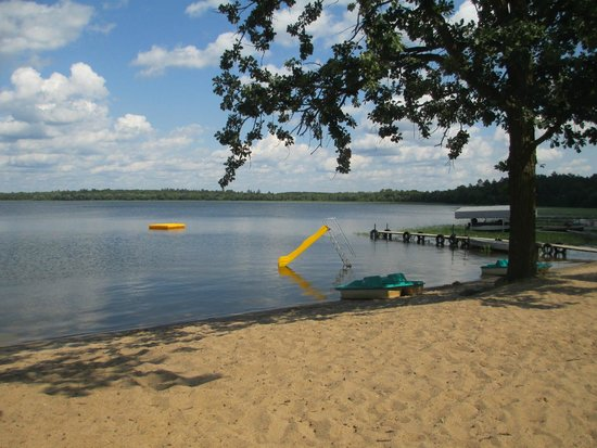 Twin Lakes Lodge and Resort: Swimming beach