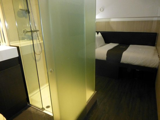 The Z Hotel Victoria: Inside room, no windows