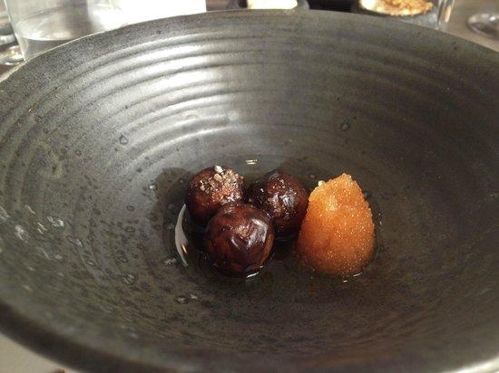 Noma: roasted potatoes and fish roe