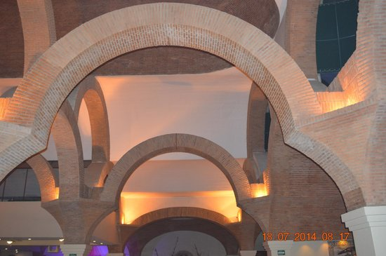 Velas Vallarta: beautiful hotel ceiling architecture