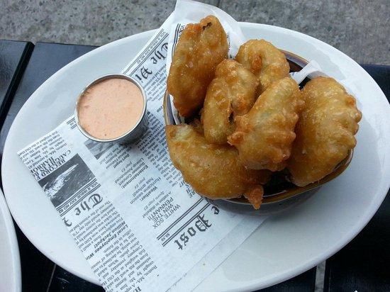 Cedar Street Grill: Fried pickles