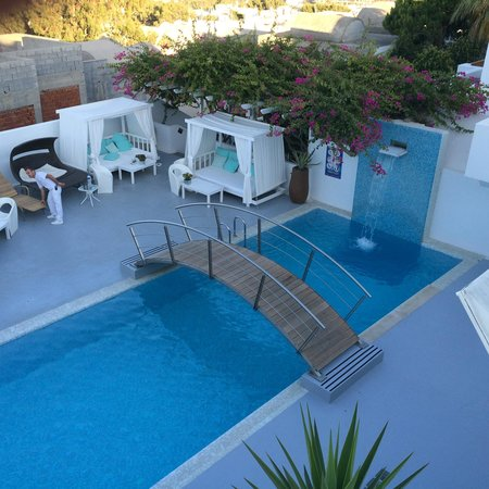 Aressana Spa Hotel and Suites : the pool
