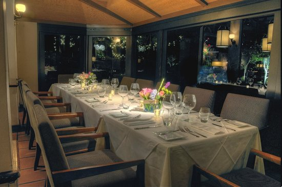 Parkway Grill: Atrium - available for Private Dining