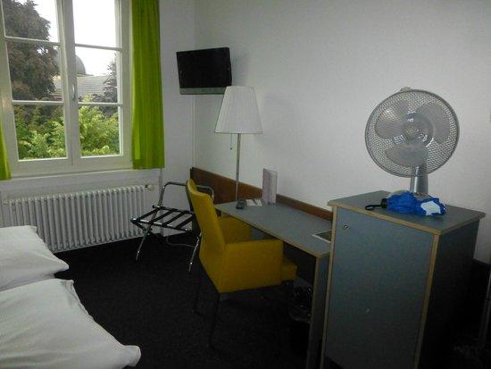 Hotel Stern Luzern: Room