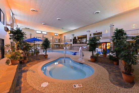 best western kelly inn indoor saltwater hot tub and swimming pool - Saltwater Hot Tub