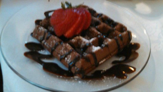 Bourbon Manor Bed & Breakfast: Chocolate waffles with chocolate bourbon sauce! This was just the dessert!
