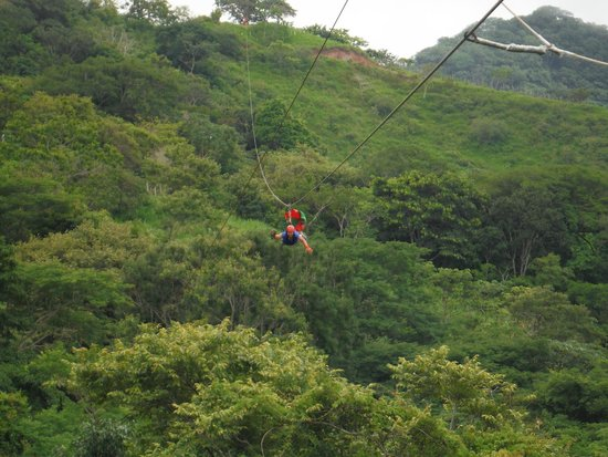 Adventure Park & Hotel Vista Golfo: Superman zipline