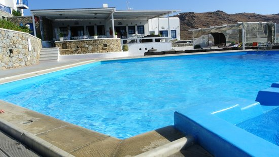 Penelope Village: piscina