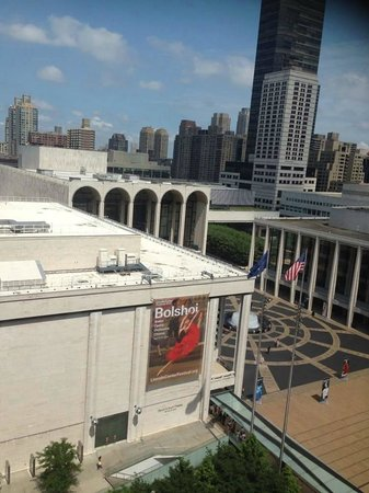 Empire Hotel : Room view of the Lincoln Center