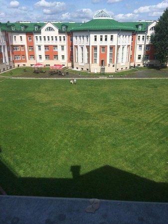 Hotel Park Krestovskiy: Внутренний дворик