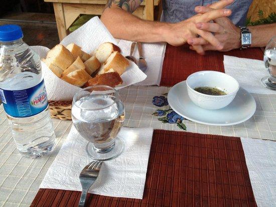 Pumpkin Goreme Restaurant and Art Gallery: bread