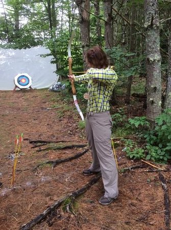 Medomak Camp and Retreat Center: Archery after excellent instruction