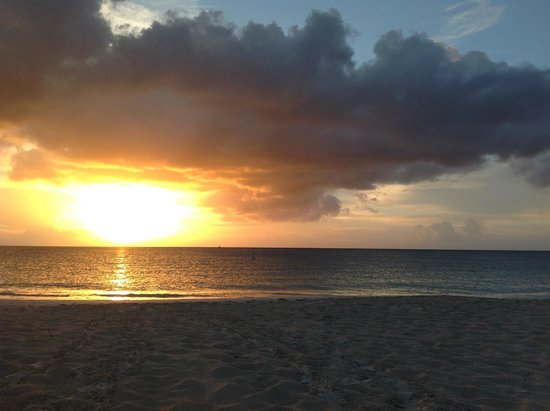 Club Med Turkoise, Turks & Caicos : One of many beautiful Grace Bay sunsets