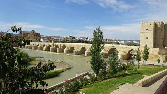 Hesperia Córdoba: Historische brug