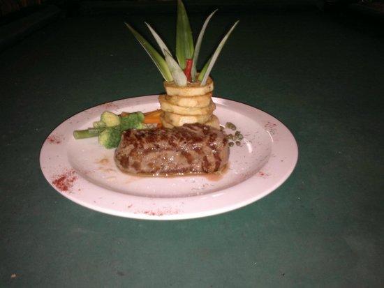 Cabinas Talamanca: Dinner
