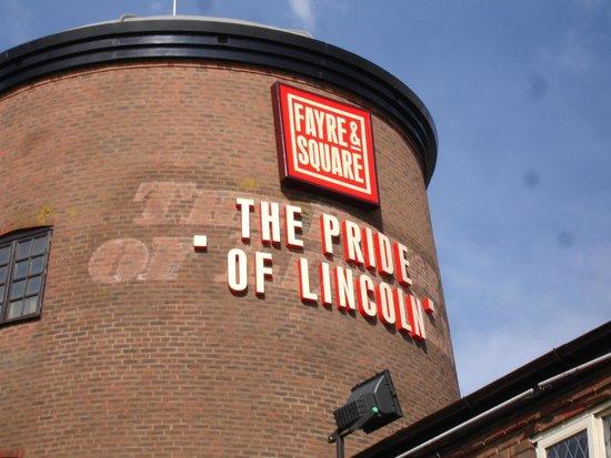 The Pride of Lincoln: Pride of Lincoln