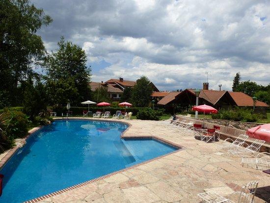 Hotel & Resort La Cumbrecita: La piscina