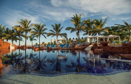 El Cid Marina Beach Hotel: Pool Area