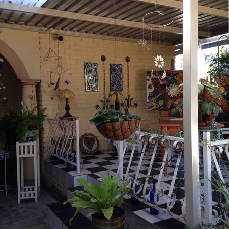 Stef's table: Patio