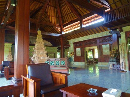 Bali Spirit Hotel and Spa: Bali Spirit Lobby