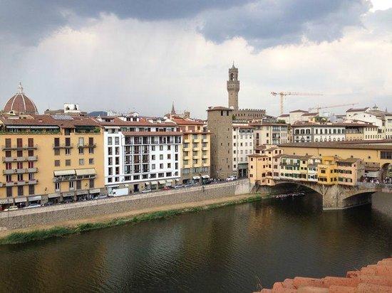 Hotel Lungarno: VISTA DO NOSSO QUARTO