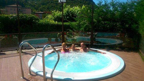 Hotel Villa Mulino: jacuzzi