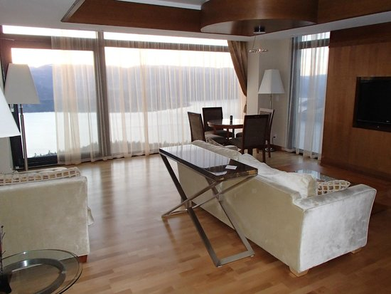 Sparkling Hill Resort: Room #350 living area off the bedroom