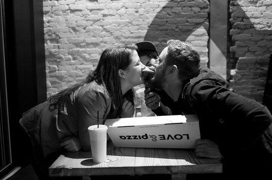 &pizza: love