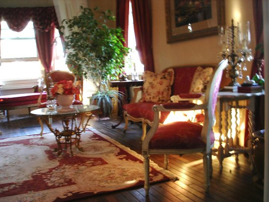 Rose Hill: A Country Inn: Family Room