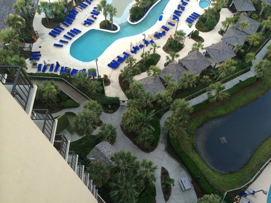 Hilton Myrtle Beach Resort: King Oceanview Suite Room 1525 - South pool below our room