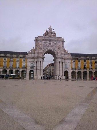 Holiday Inn Lisbon: Praça