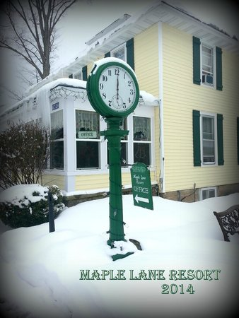 Maple Lane Resort: Winter