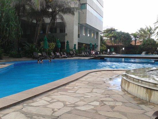 Hotel Ritz Lagoa da Anta : Piscina