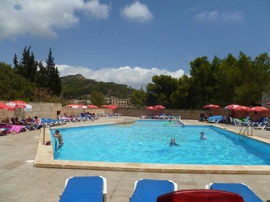 Hotel Villa Real: pool area