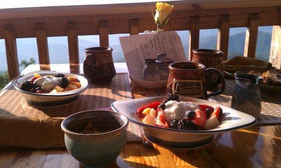 Alpine Inn : Fresh Fruit
