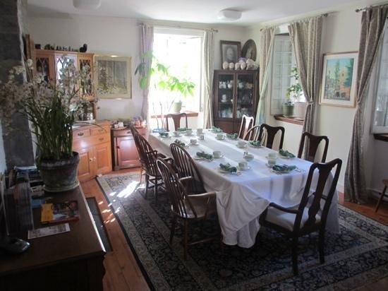 Maison Historique James Thompson: ready for a delicious breakfast