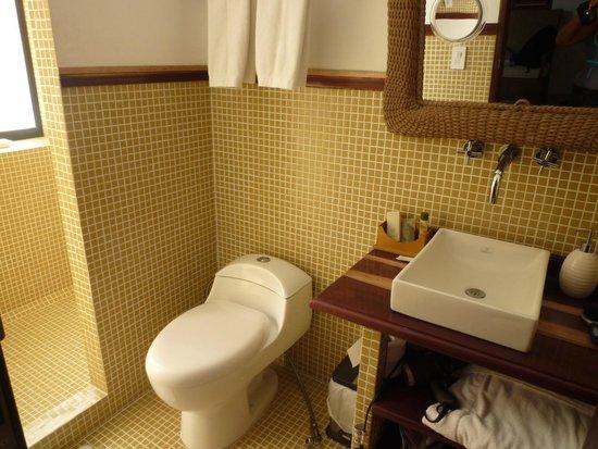 Casa de Isabella - a Kali Hotel: Bathroom