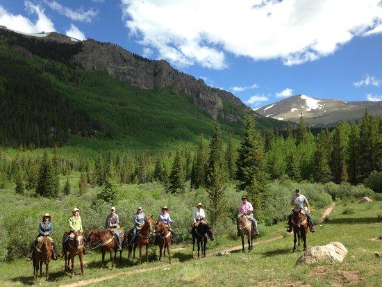 Tumbling River Ranch: Beautiful Ride!!