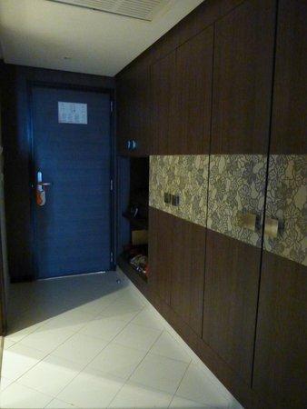 SENTIDO Rosa Beach : de vestibule in de kamer
