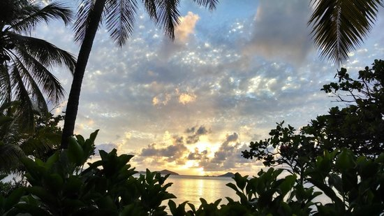 Mango Bay Resort : May 2014 Sunset from Beach Front Villa