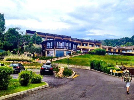 Poiano Resort Appartamenti: Front of Hotel and Spa