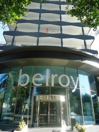 Belroy Apartamentos : Ingang