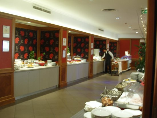 Grand Hotel Fleming : Πλούσιο πρωϊνό
