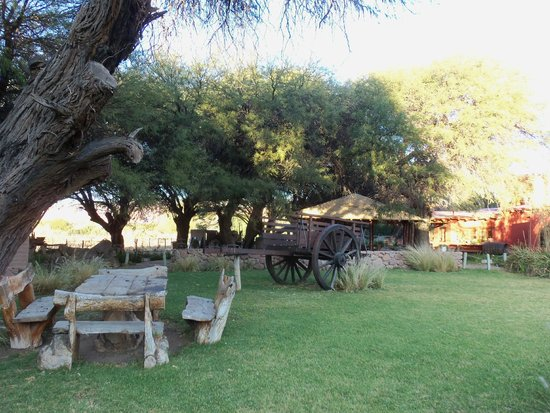 La Casa de la Bodega -Wine Boutique Hotel: Jardin