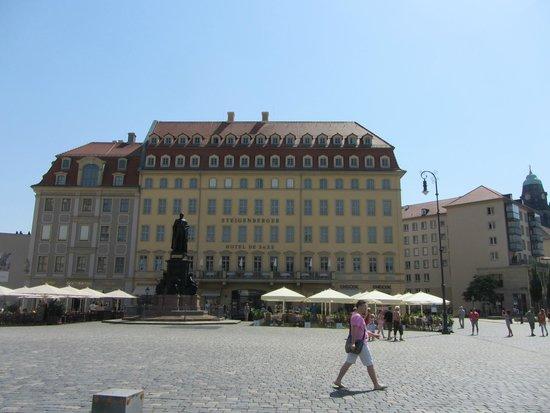 Steigenberger Hotel de Saxe: Frontansicht