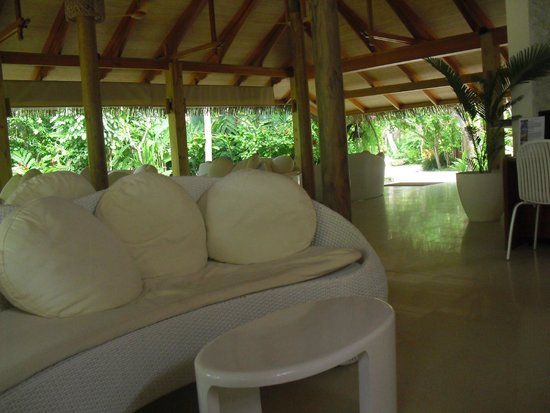 Kuramathi Island Resort: Hall