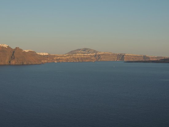 Byzantine Castle Ruins: Fira seen from Castle